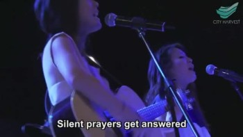 Twins Sisters Sing a Beautiful Live Cover of What Faith Can Do