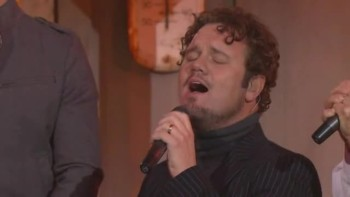 Gaither Vocal Band - One Voice / Where No One Stands Alone (Medley) [Live]