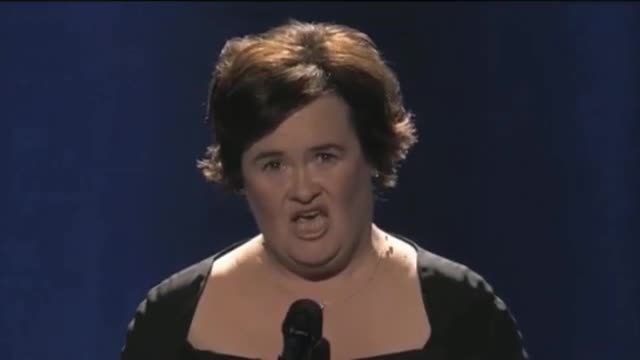 Susan Boyle in Stunningly Beautiful Performance of Wild Horses