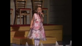 Cute 5 Year-Old Sings