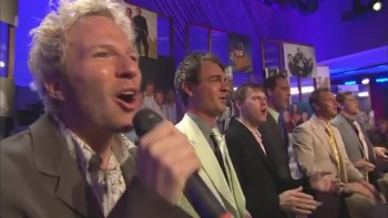 Gaither Vocal Band - Passin' the Faith Along [Live]