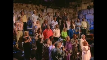 Bill & Gloria Gaither - Holy Ground (feat. Joy Gardner) [Live}