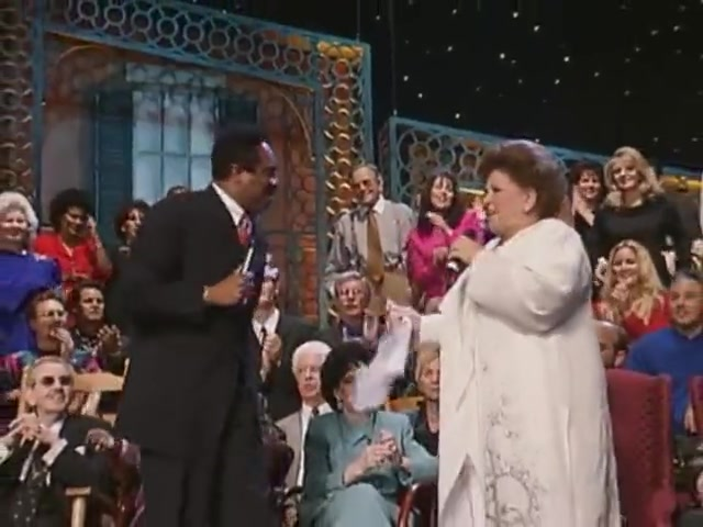Bill & Gloria Gaither - When I Think About Heaven  [Live]