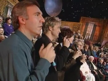 Bill & Gloria Gaither - Home of the Soul [Live]