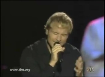 Backstreet Boy Frontman Brian Littrell Sings Praises to Jesus