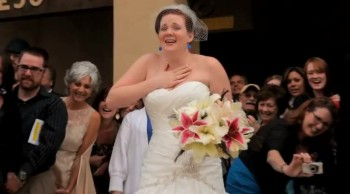 Groom Surprises His Bride With a Flash Mob - She Was SHOCKED!