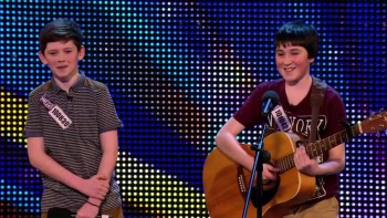 Darling Best Pals Make an Impressive Musical Duo!