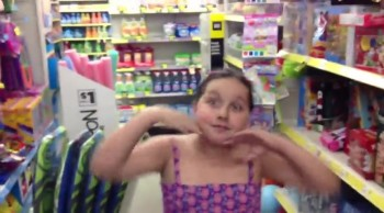 Father and Daughter Have an Adorable Duet in the Dollar Store