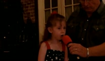 Laura Richards sings God Bless America