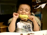 Nothing Can Stop This Tired Little Boy From Eating His Corn, LOL