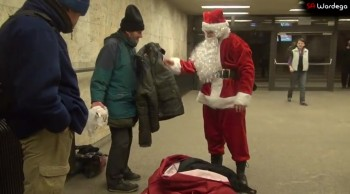 When You Realize What This Santa Claus is Doing, You'll Cry