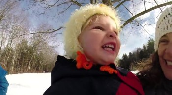 California Kiddies Experience Their First Snow