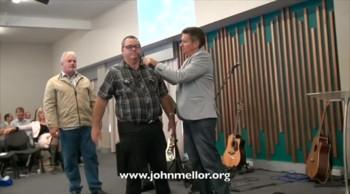 Pain ridden polio sufferer healed after 49 years and runs - John Mellor Australian Healing Evangelist