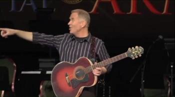 Comedian Bob Stromberg - Group whistling