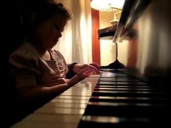 Amazing! Toddler Elora playing her original composition, 'Sad crying Unicorn'