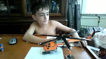 FrogGeeks - Unboxing Lego Helicrane set 60034