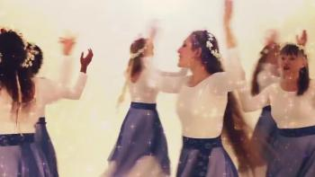 A Messianic Dance Video - The Maidens Are Dancing In Yerushalayim