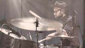 Kari Jobe - Holy Spirit (Live) ft. Cody Carnes