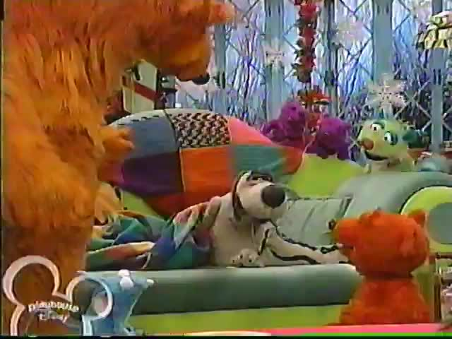 Bear In The Big Blue House - A Berry Bear Christmas Part 1 (Playhouse  Disney Broadcast) - Kids' Videos