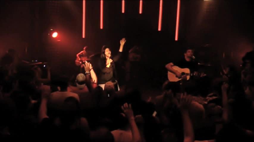 Hillsong Chapel - Saviour King