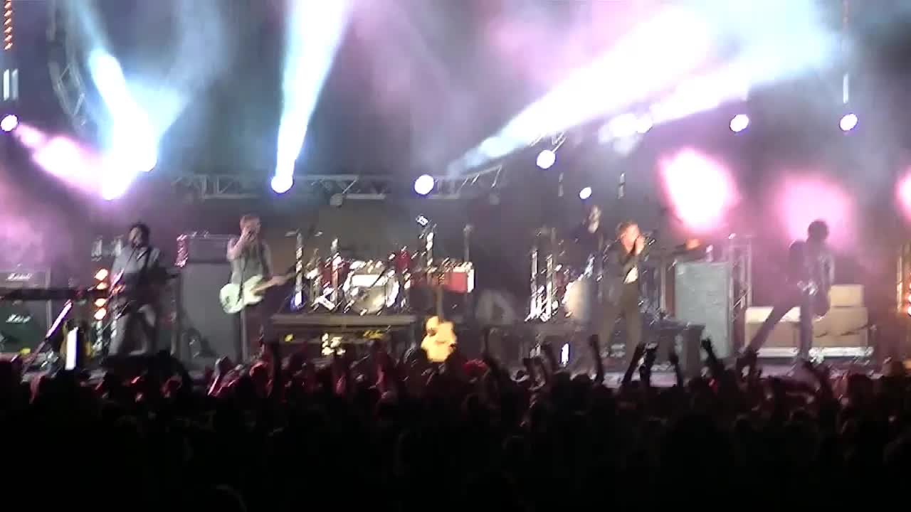 Heath Bewley - Make a Joyful Sound [Rock-Pop Mix] (Music Video) - Christian  Music Videos