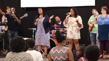Family Praise Tabernacle: Worship Collection