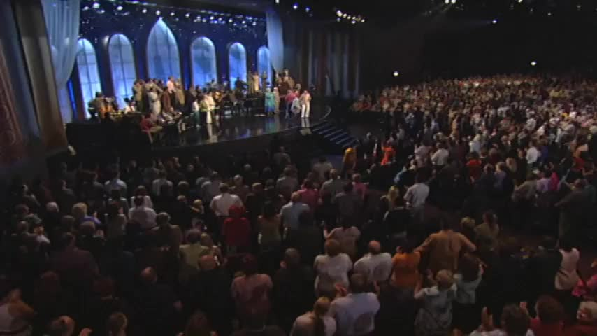 Bill & Gloria Gaither - Trying To Get A Glimpse