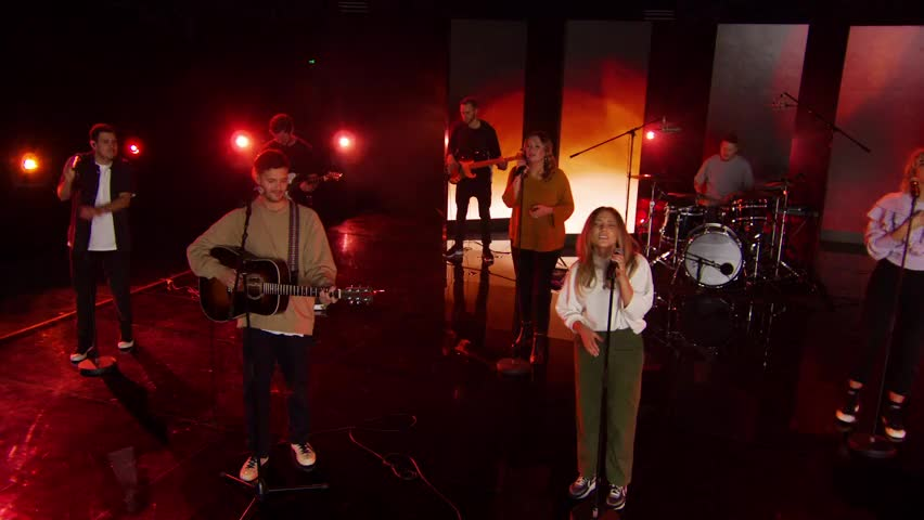 Hillsong Young & Free - Heart Of God