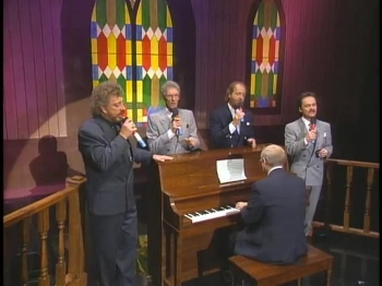 Bill & Gloria Gaither - Lord I'm Coming Home