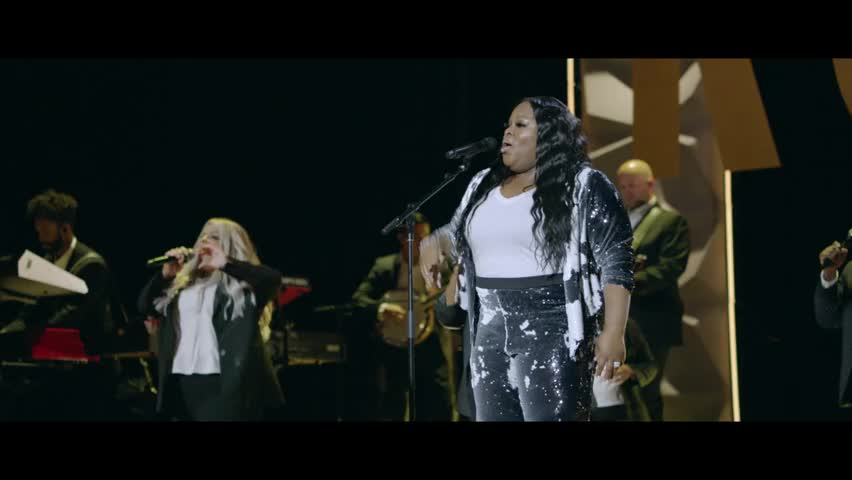 Tasha Cobbs Leonard - God's Been Good