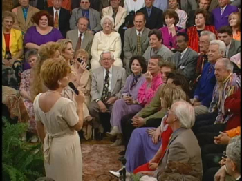 Bill & Gloria Gaither - Angels In The Room