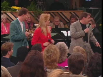 Bill & Gloria Gaither - Mountain, Get Out Of My Way