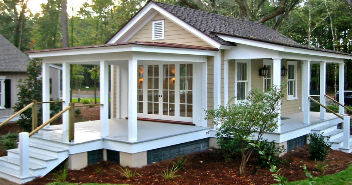 These amazing Granny Pod ideas are a great way to maintain independence  with a little personality and charm! - These 12 Amazing Granny Pod Ideas Make A Charming Addition To The