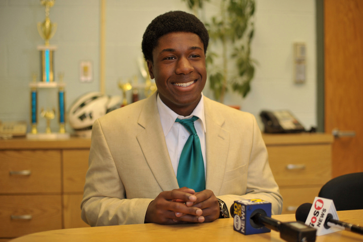 Seventeen-year-old Kwasi Enin was accepted into all eight Ivy League colleges.