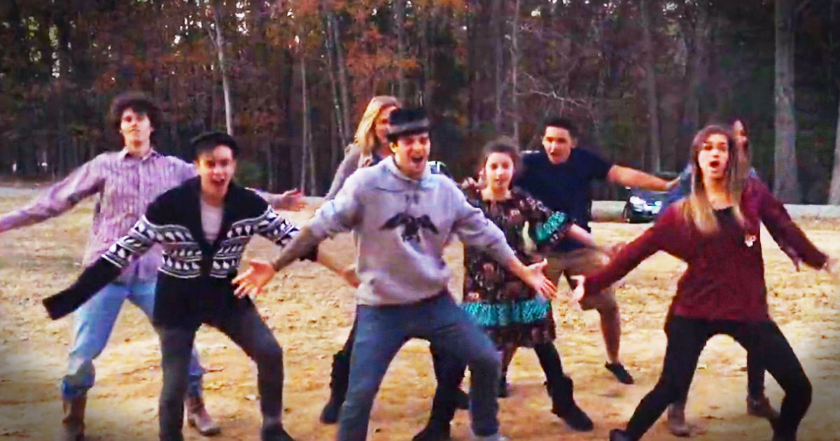 It Looks Like Sadie Isn\'t The Only Robertson With Moves. This Family ...