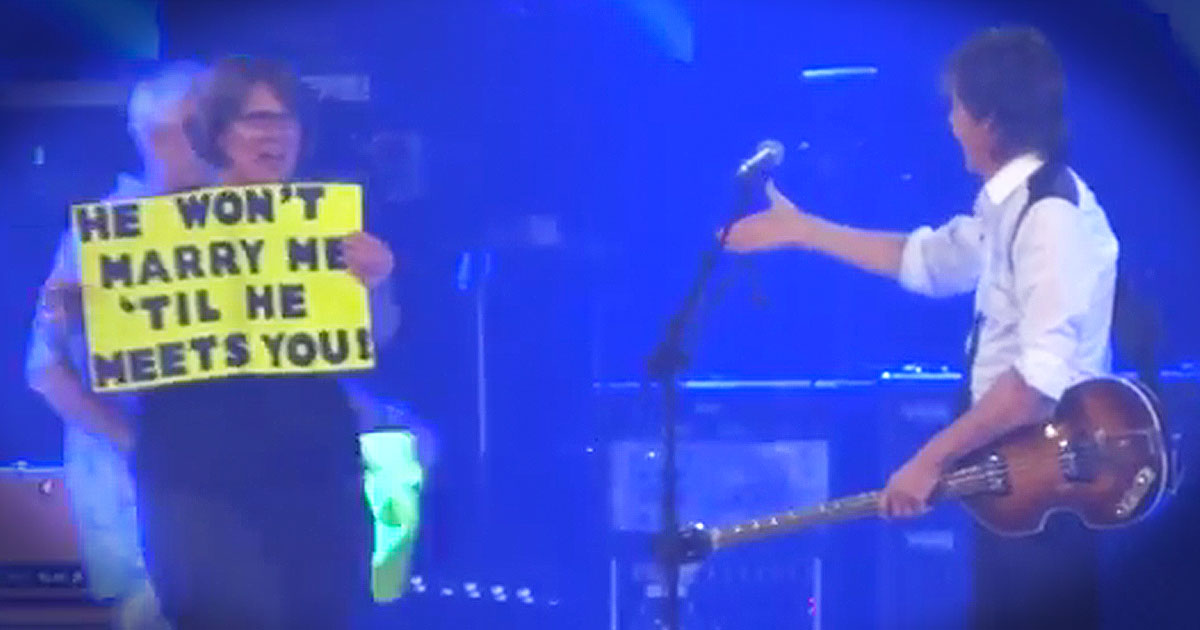 He Stopped His Concert For This ADORABLE Proposal