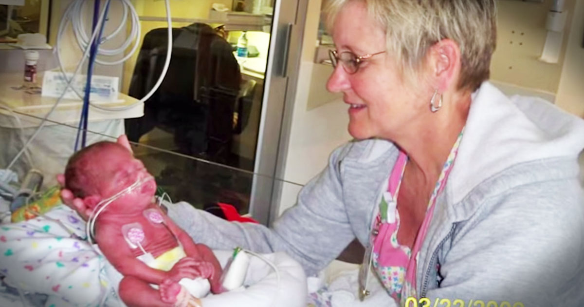 NICU nurse gets thank you from the tiny miracle babies she saved ...