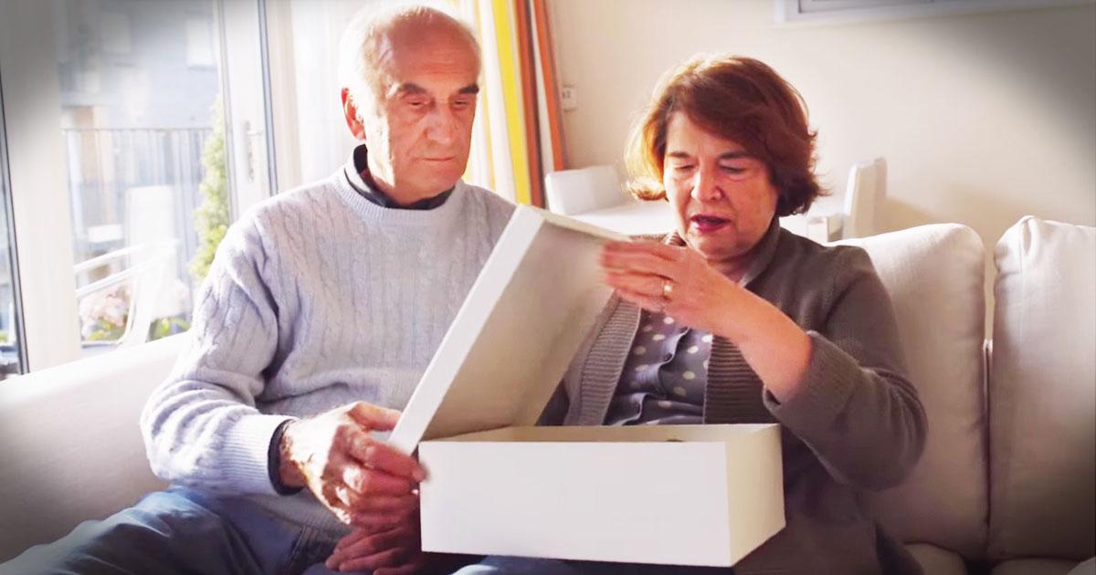 Seniors Remember Their Homes Through A Touching Gift