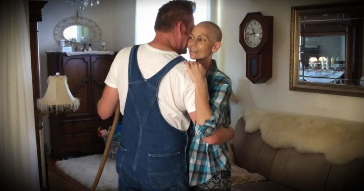 Rory Stays Strong For Joey Feeks During Her Cancer Battle