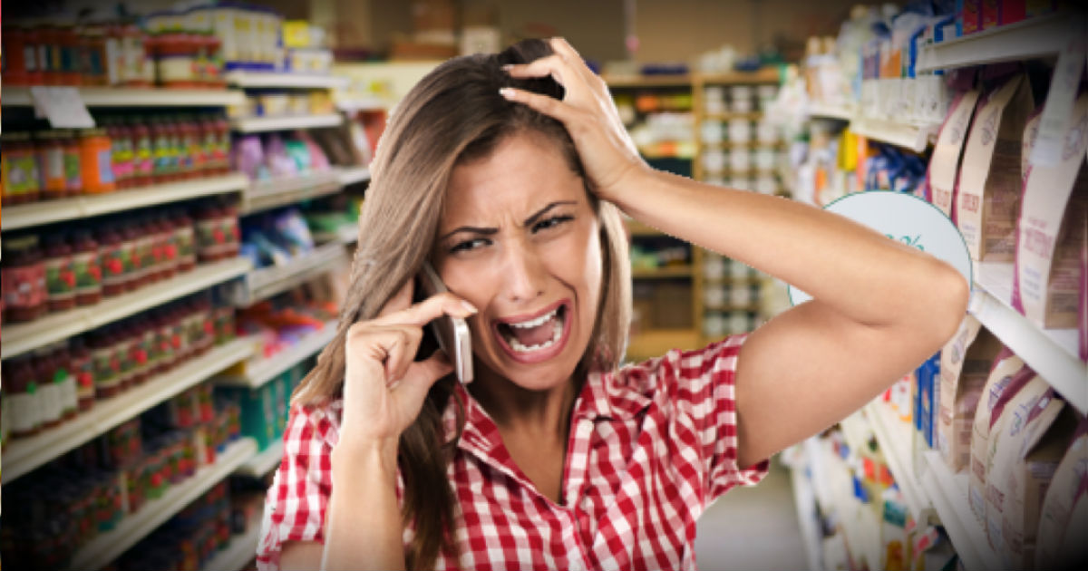 Strangers Help A Woman At The Grocery Store Who Just Got Terrible News