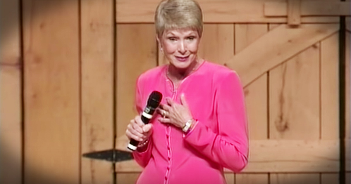 Jeanne Robertson Hilariously Hangs A Picture With Left Brain