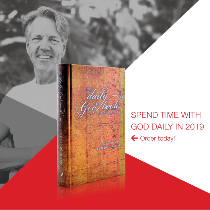 The Daily God Book: Through the Bible in 365 Days—A Bird's-Eye View of the Bible in a Year